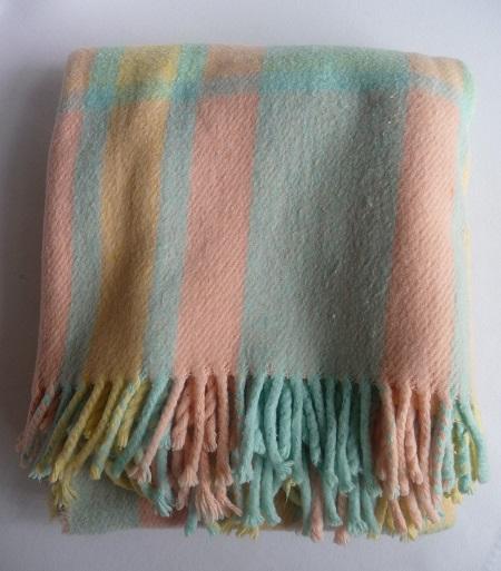 wollen deken pasteltinten 1