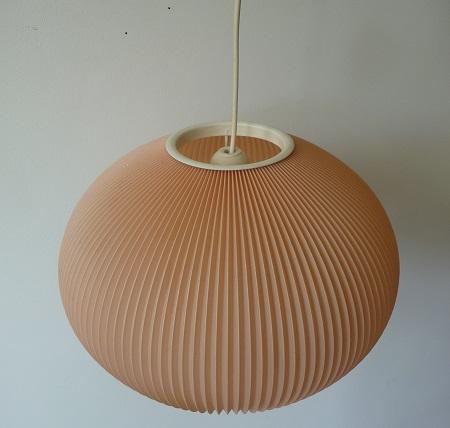 Poederroze jaren 50 hanglamp 1