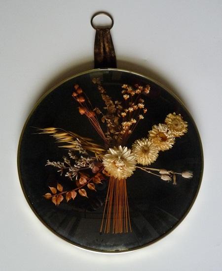 vintage lijst met droogbloemen 1