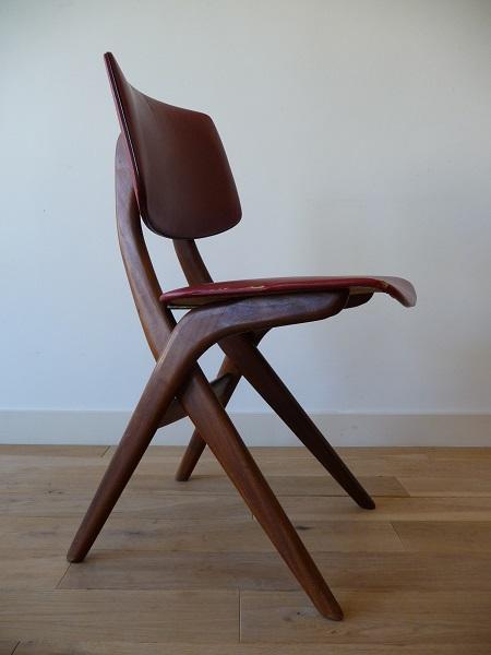 4 Wébé stoelen, Louis van Teeffelen 3