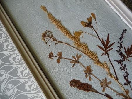 vintage lijst met droogbloemen 3