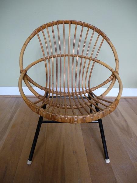 jaren 50 rotan stoel en bijzettafel Rohé Noordwolde 2