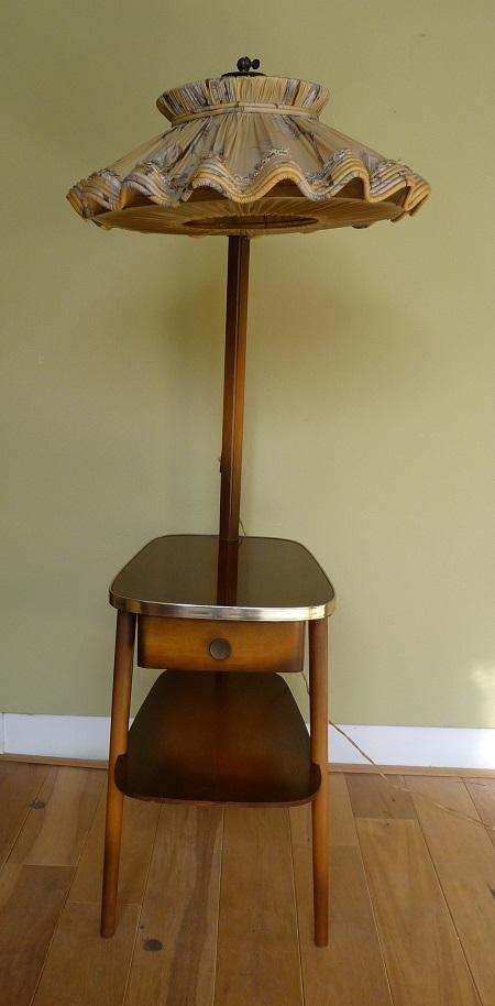 staande lamp met tafelltje jaren 50 3