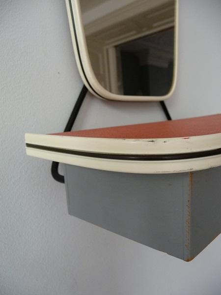 jaren 50 spiegel met kammenbakje 4