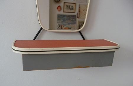 jaren 50 spiegel met kammenbakje VERKOCHT