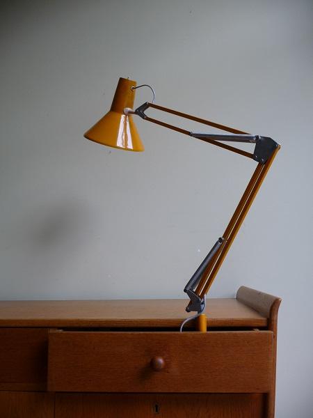 vintage-bureaulamp-geel-1