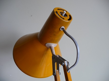 vintage-bureaulamp-geel-3