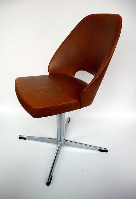 vintage stoelen stervoet