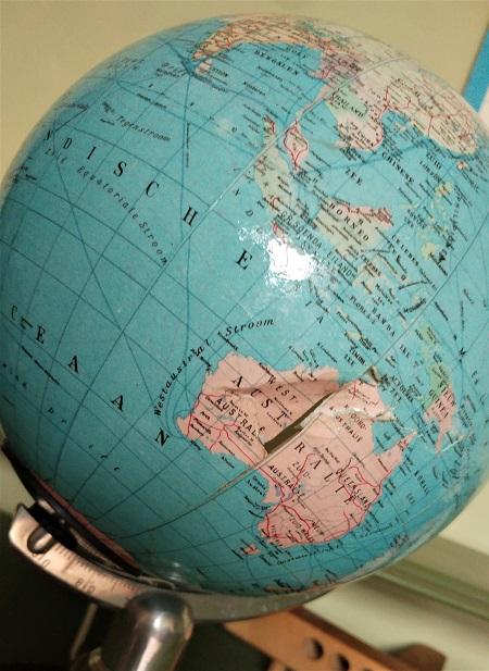 globe met licht jaren 70 5